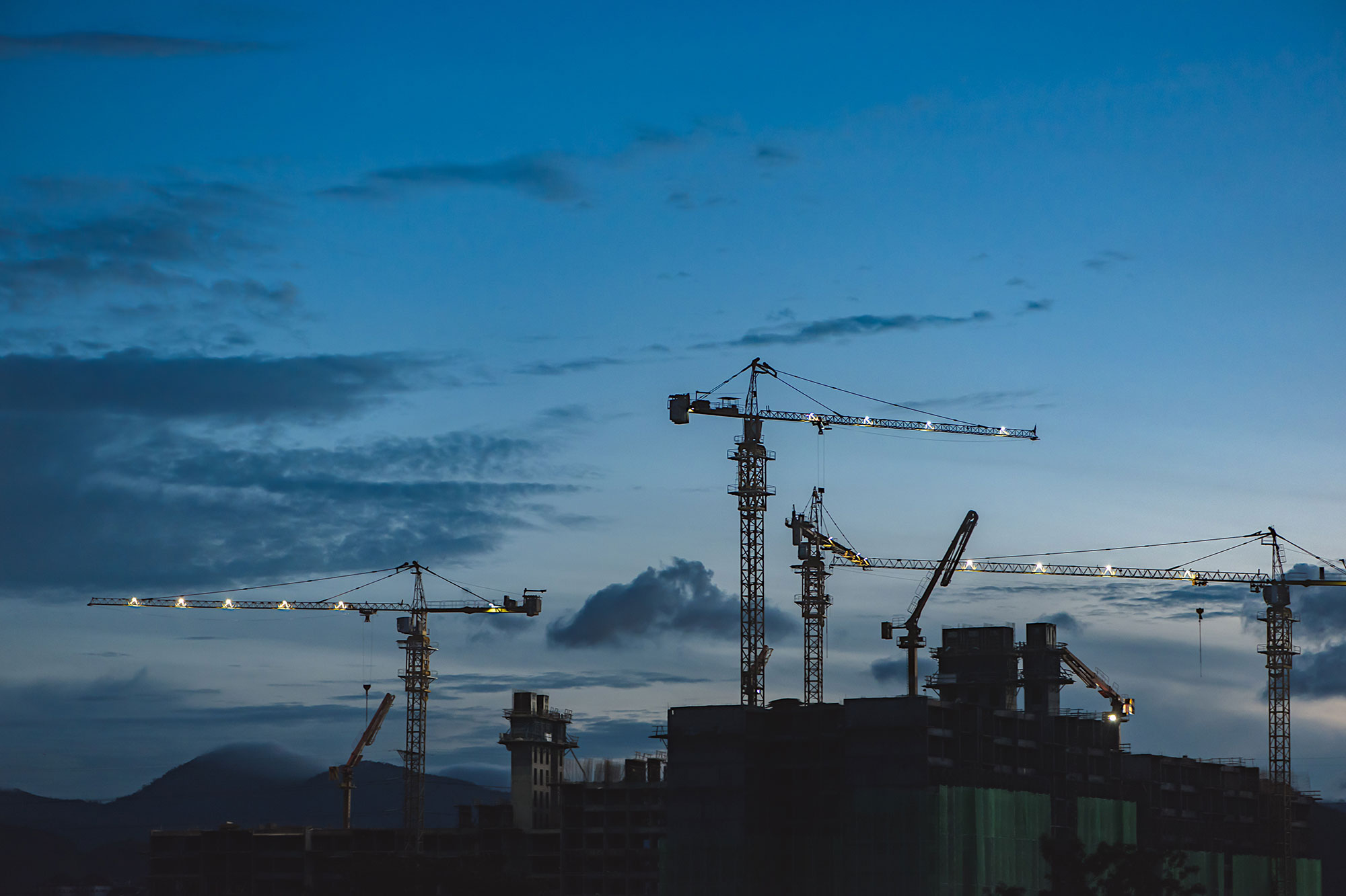 Skyline-cranes